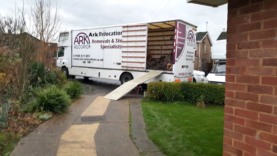 removals-newport-pagnell